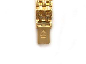 750(18金)腕時計 金具部分に刻印されています